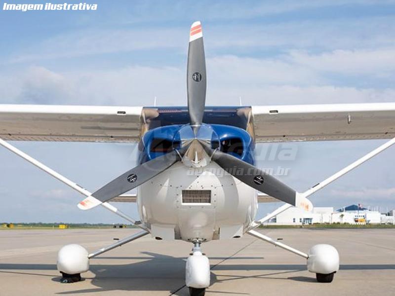 Skylane - 182T - 2004