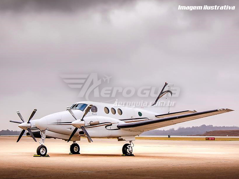 Beechcraft - King Air C90B - 2001