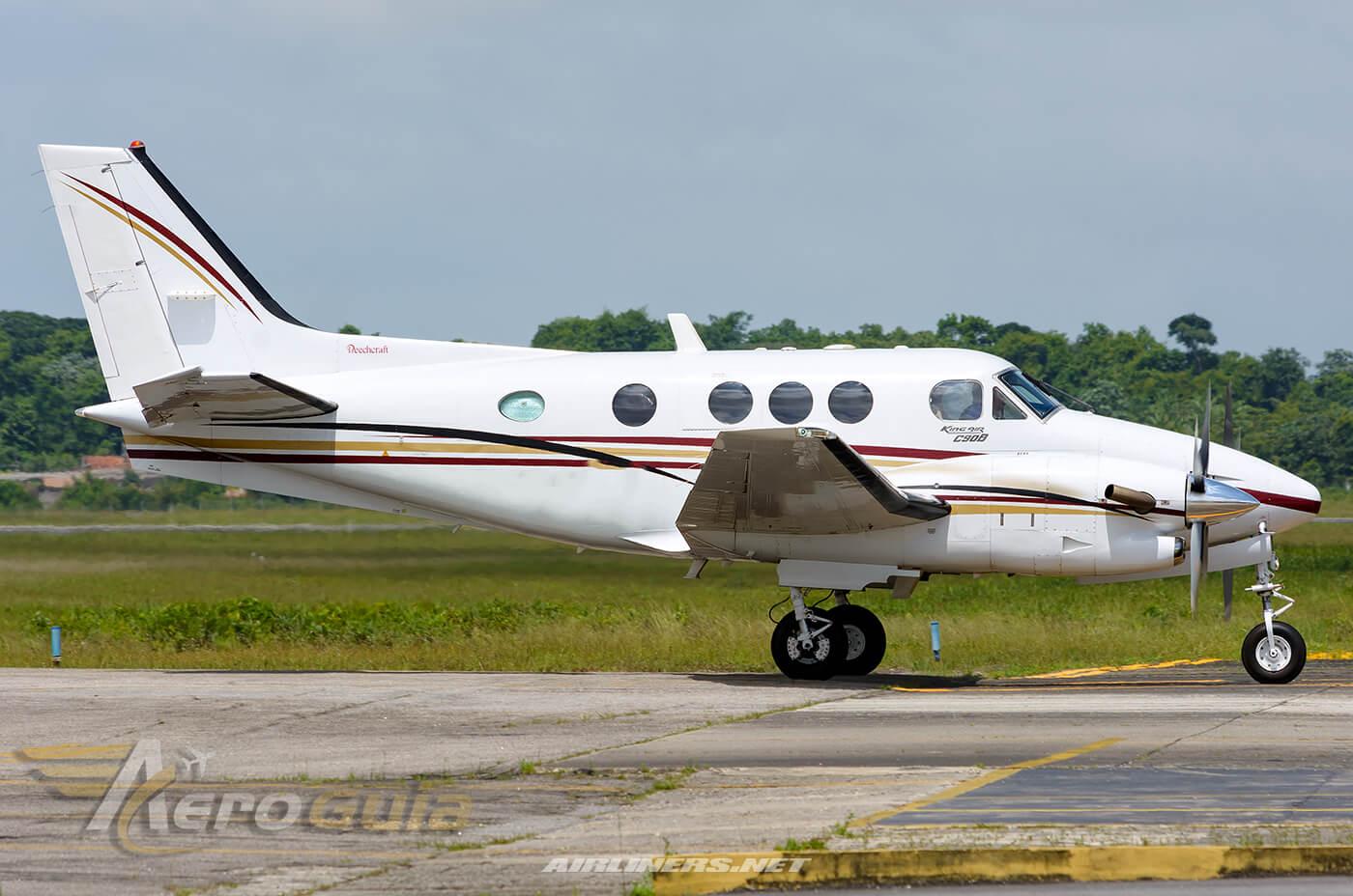 KING AIR  C90 B